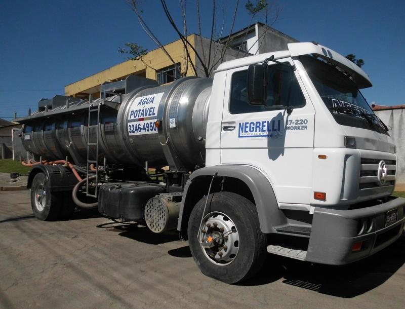 caminhão pipa em Curitiba